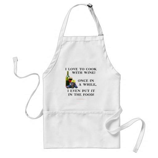 El cocinar con el vino delantal