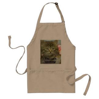 ¡El cocinar del gato! Delantal