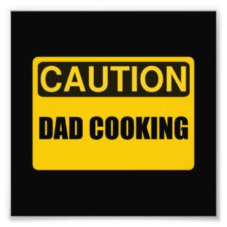 El cocinar del papá fotografía