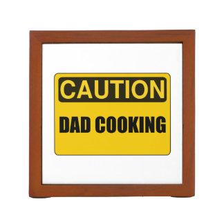El cocinar del papá portalápices