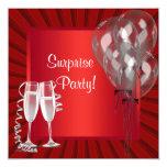 El cóctel hincha a la fiesta de cumpleaños roja de invitaciones personales