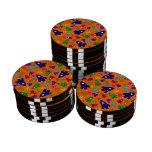 El cohete anaranjado lindo envía el modelo fichas de póquer