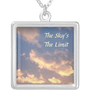 El collar del límite del cielo