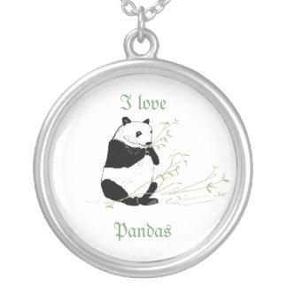 El collar y yo de la panda amamos pandas