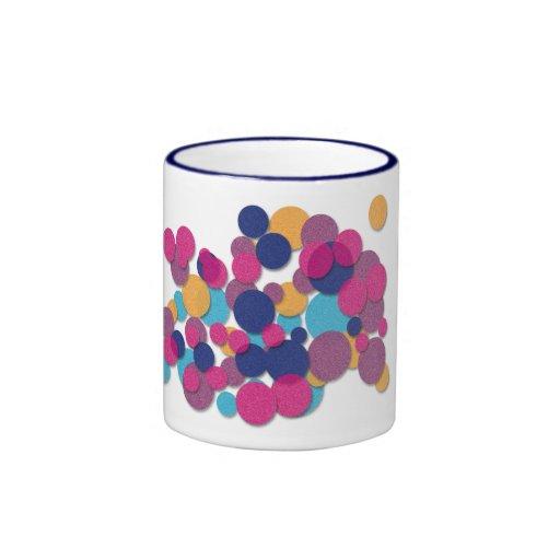 El color asperja la taza