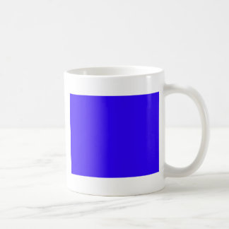 El color azul profundo crea solamente productos pa taza básica blanca