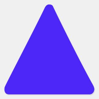 El color azul profundo crea solamente productos pegatina triangular