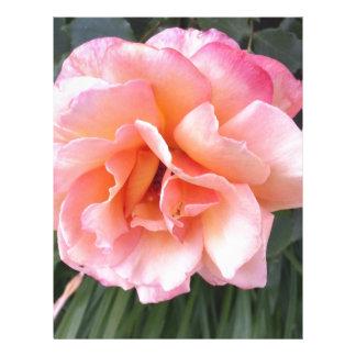 el color de rosa membrete personalizado