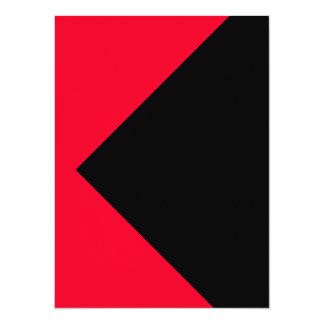 El color rojo equipa solamente tarjetas de las invitación 13,9 x 19,0 cm
