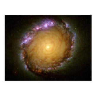 El color vivo de la galaxia espiral tarjetas postales