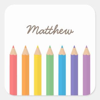 El colorante colorido del arco iris dibujó a lápiz pegatina cuadrada