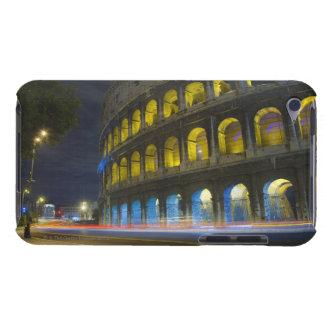 El Colosseum en Roma iPod Case-Mate Cárcasa