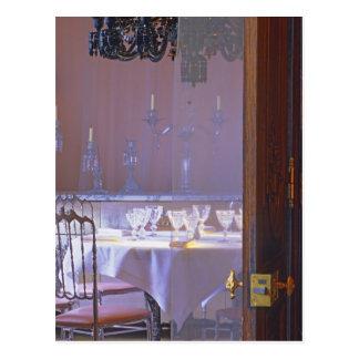 El comedor privado con el cristal negro tarjetas postales