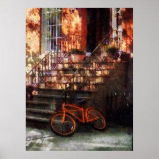 El COMENZAR DEBAJO de $20 - bicicleta anaranjada p Impresiones