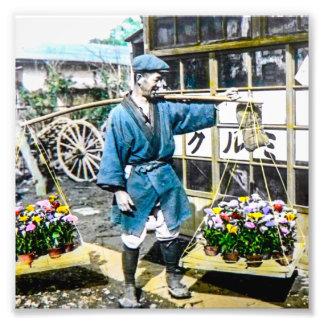 El comerciante de la flor en el viejo vintage de fotografías