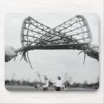El comienzo del juego en un lacrosse combina con tapete de ratón