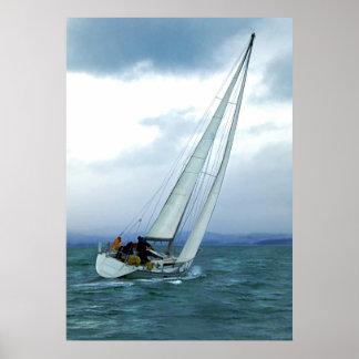 El competir con contra el viento poster