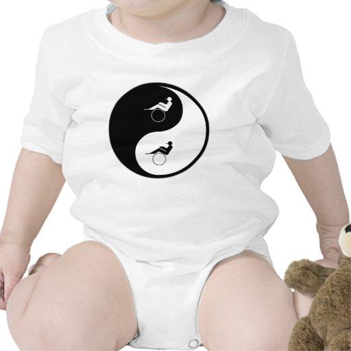 El competir con de arnés de Yin Yang Traje De Bebé