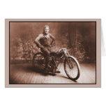 El competir con de la motocicleta: Ganador 100 MI. Tarjetón