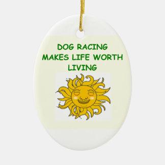 el competir con de perro adornos