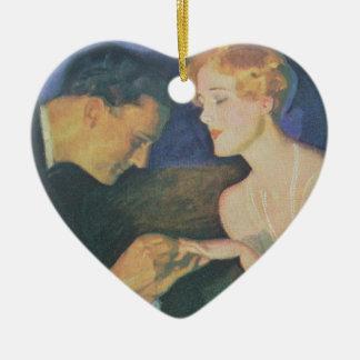 El compromiso adorno navideño de cerámica en forma de corazón