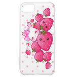 El conejito lindo ama las fresas del kawaii funda para iPhone 5C