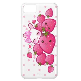 El conejito lindo ama las fresas del kawaii funda iPhone 5C