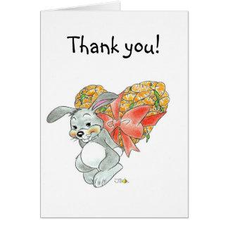 El conejito lindo le agradece tarjeta pequeña