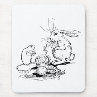 El conejito y el ratón comen los Veggies Tapetes De Raton