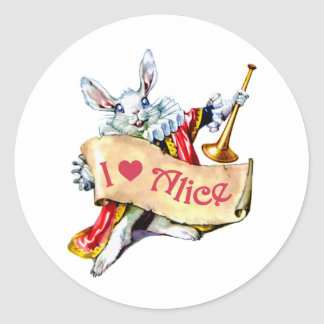 """El conejo blanco de Alicia dice, """"amo a Alicia """" Etiqueta Redonda"""