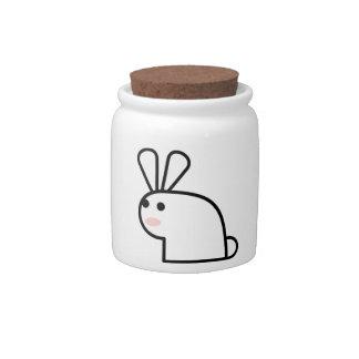 El conejo blanco plato para caramelo