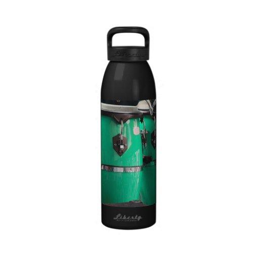 El conga de la verde menta teclea photo.jpg botella de agua