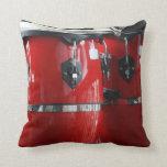 El conga rojo brillante teclea photo.jpg cojines