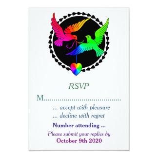 """El conjunto del arco iris RSVP para un boda gay Invitación 3.5"""" X 5"""""""