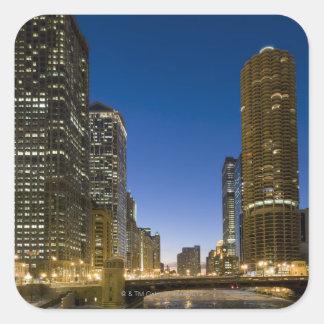 El considerar abajo del río Chicago congelado la Pegatina Cuadrada