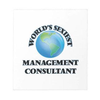 El consultor en administración de empresas más bloc de notas