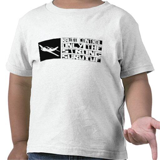 El control de radio sobrevive camiseta