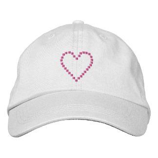 El corazón 4 hace de nuevo gorros bordados