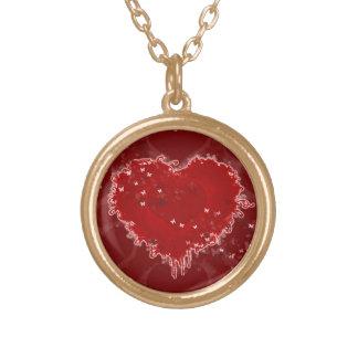 El corazón agita alrededor del collar