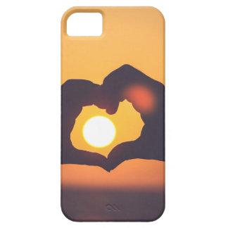 El corazón da puesta del sol iPhone 5 carcasas