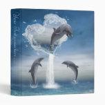 El corazón de la carpeta de Avery de los delfínes