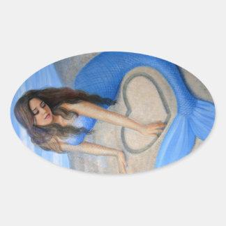 El corazón de la sirena azul pegatina ovalada