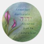 El corazón de una mujer - cala etiqueta redonda