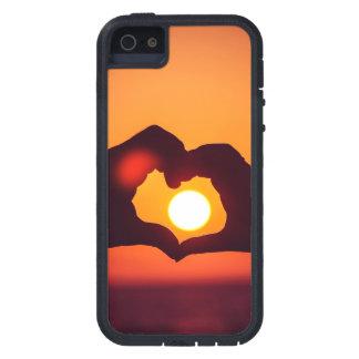 El corazón del amor da símbolo funda para iPhone 5 tough xtreme