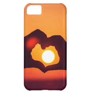 El corazón del amor da símbolo funda para iPhone 5C