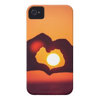 El corazón del amor da símbolo iPhone 4 Case-Mate funda