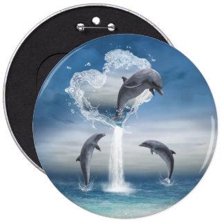 El corazón del botón de los delfínes pin redondo de 6 pulgadas