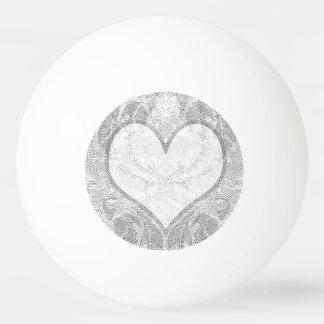 El corazón del cordón añade el texto pelota de ping pong