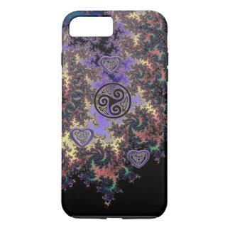 El corazón del fractal de Triskele del Celtic Funda iPhone 7 Plus