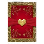 El corazón del rojo rico y del oro le agradece car tarjetón